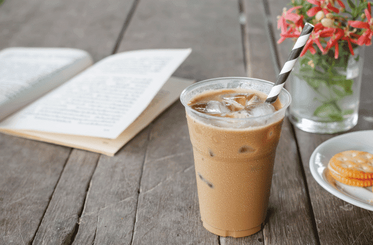 Diferentes tipos de café en verano